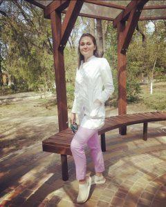 Великая Альбина Вячеславовна - врач-хирург , сосудистый хирург